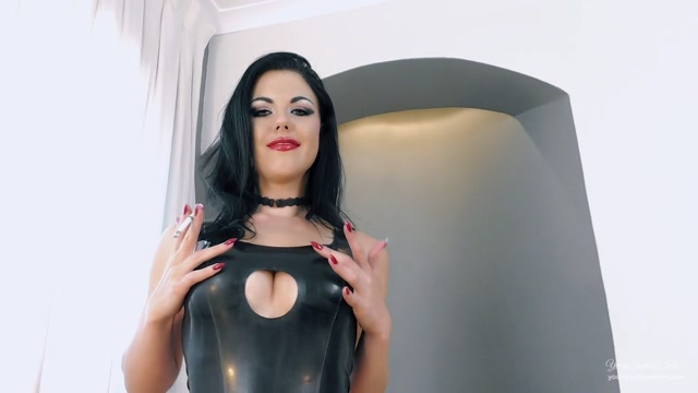 Young_Goddess_Kim_-_ashtray_-_Are_you_ready_to_be_used_.mp4.00005.jpg