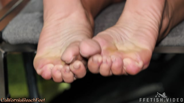 California_Beach_Feet_-_Macy_Cartel_-_Set_20190325.mp4.00005.jpg