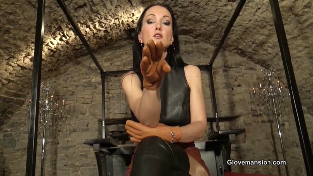 Glovemansion_-_Short_leather_glove_fitting_and_JOI.mp4.00004.jpg