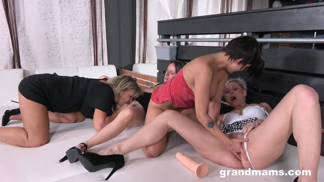 GrandMams_presents_Horny_Grandmams_Loves_Shy_Teen.mp4.00008.jpg