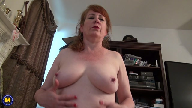 Mature.nl_presents_Brie__53_.mp4.00003.jpg