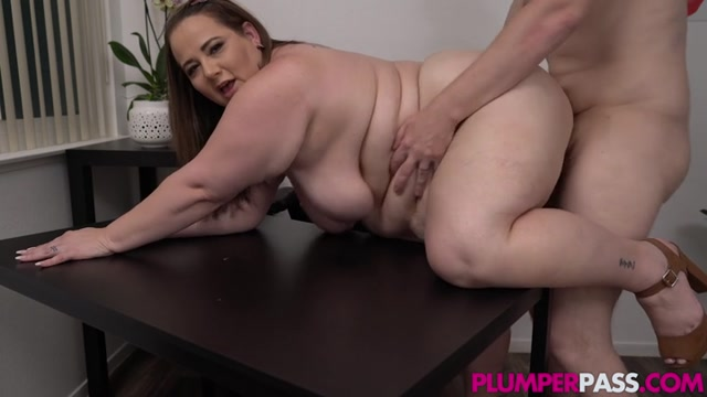 Plumperpass_presents_Jessica_Lust_in_Working_Late_Getting_Laid___03.06.2020.mp4.00008.jpg