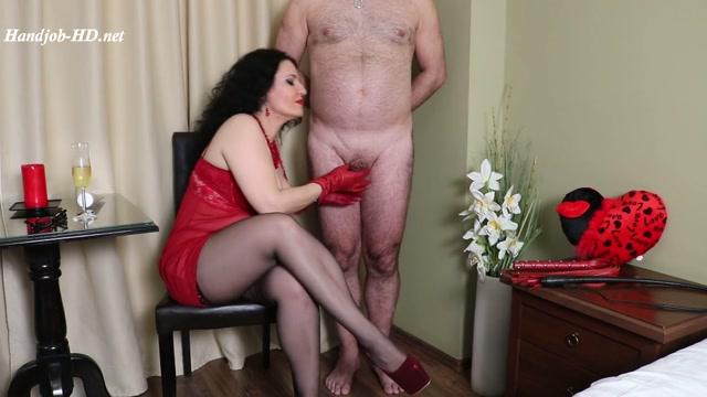 Valentine_for_hubby_-_Mistress_Luna.mp4.00006.jpg