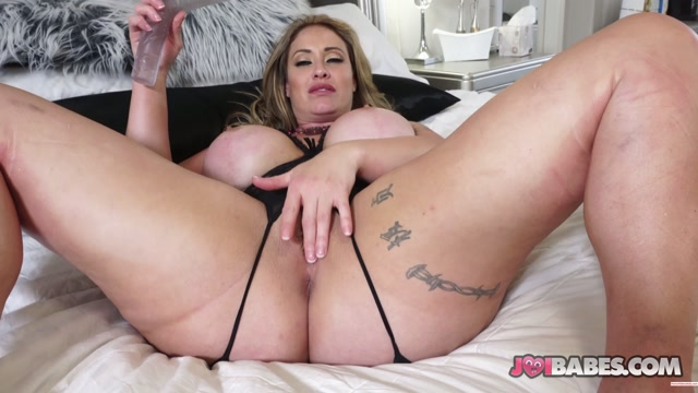 joibabes_in_JOI_-_Big_Tit_Housewife_Eva_Notty____8.95__Premium_user_request_.mp4.00007.jpg