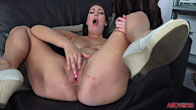 Watch Online Porn – Allover30 presents Tiffany Cane 31 years old Mature Pleasure – 10.07.2020 (MP4, FullHD, 1920×1080)