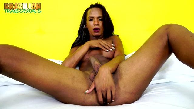 Brazilian-transsexuals_-_anna_kelly_close_2.mp4.00006.jpg