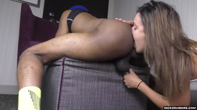 Watch Online Porn – DickDrainers presents Sophia Grace in Supreme Black Ass Worship From A Horny Snowbunny Is What I Need Tonight – 03.06.2020 (MP4, SD, 854×480)