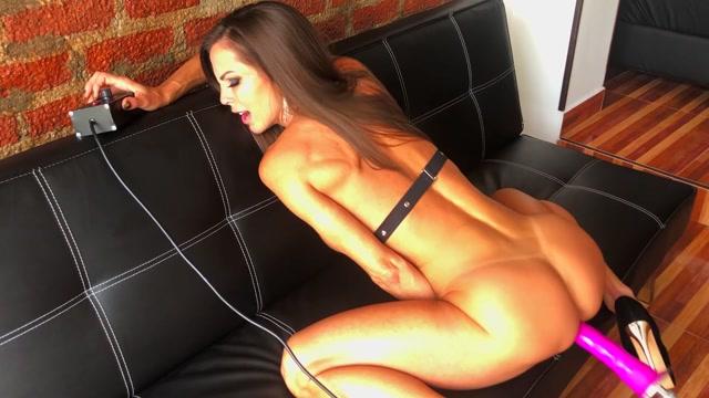 FeliciaHardon_-_Pump_that_Fuck_Machine.mp4.00013.jpg