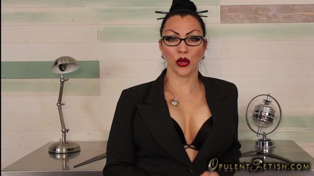 Goddess_Cheyenne_in_Hypno_Fag.mp4.00008.jpg