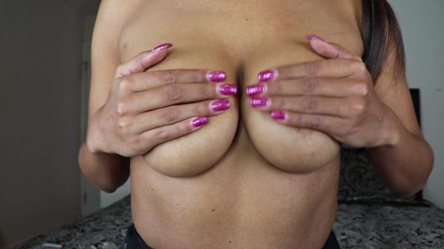 Goddess_Lulu_-_Tits.mp4.00012.jpg