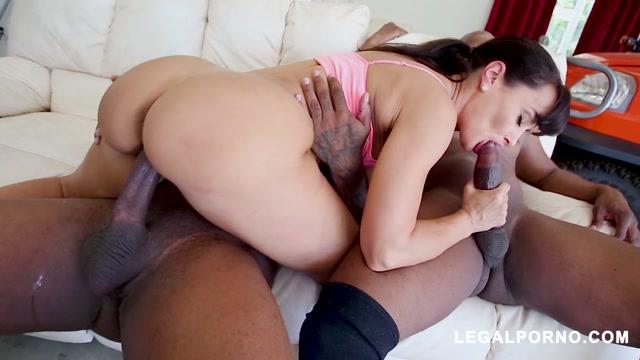 Watch Online Porn – LegalPorno presents Legendary MILF Lisa Ann Receiving DP From Prince Yahshua Rico Strong AB – 06.07.2020 (MP4, HD, 1280×720)