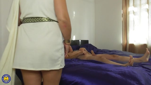 Mature.nl_presents_Camilla_C.__EU___47_.mp4.00010.jpg