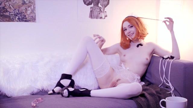 PieAllTheTime_-_Pie_Maid_To_Serve_Couch_Masturbation.mp4.00015.jpg