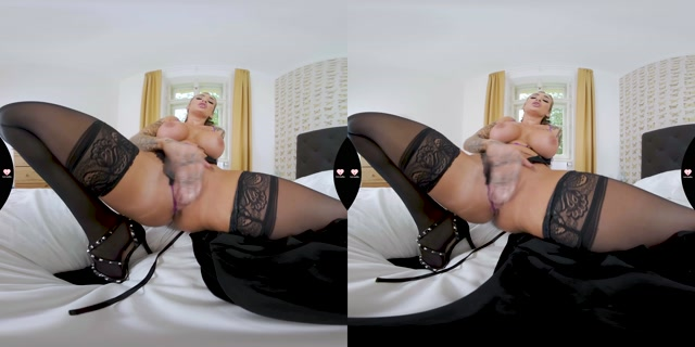 Sexy_Black_Lingerie_-_Daisy_Lee_6K.mp4.00012.jpg