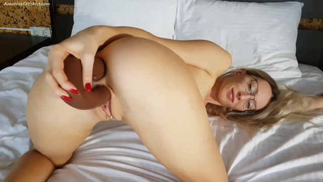Sirenafox_double_penetration_with_huge_dildo.mp4.00010.jpg