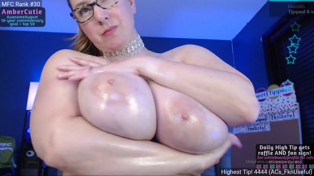 ambercutie_23-09-2019_Hello_my_lovely_fans_Here_x27_s_a_fun_oily_boobies_show.mp4.00008.jpg