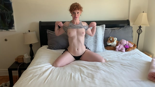 amygingerhart_14-03-2020_Waiting_for_Daddy_to_get_out_of_the_shower_and_come_fuck_me.mp4.00005.jpg