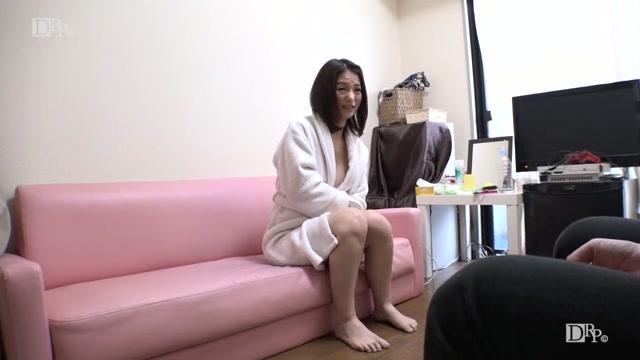 Watch Online Porn – 1pondo.tv presents Miria Hazuki, Mio Futaba, Airi, Yua Natsuki, Mikuru Kira – Hospitality: Women who hide hornyness behind the beautiful face! [uncen] (080420001) (MP4, HD, 1280×720)