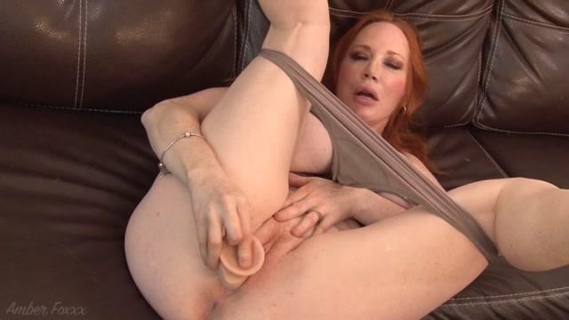 Amber_Foxxx_-_Stepmom_Wants_Your_Cum.mp4.00014.jpg