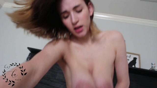AuroraXoxo_-_Pervy_Bro_Makes_My_Tits_Grow.mp4.00014.jpg