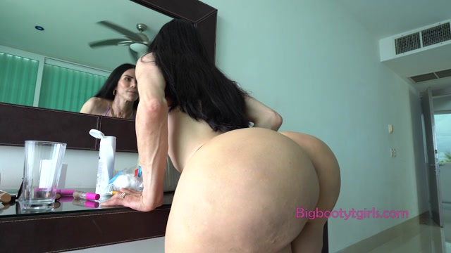 Watch Online Porn – BigBootytgirls presents Abigail Lust BTS – 07.08.2020 (MP4, HD, 1280×720)
