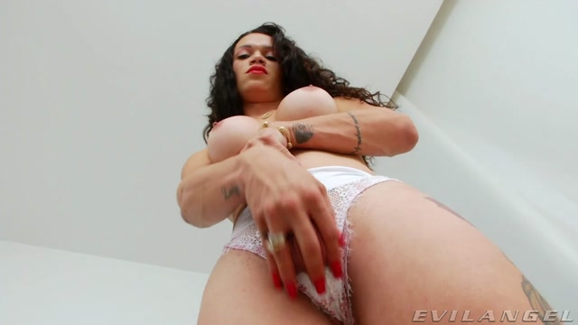 Evilangel_presents_Laiza_Lavier___29.08.2020.mp4.00006.jpg