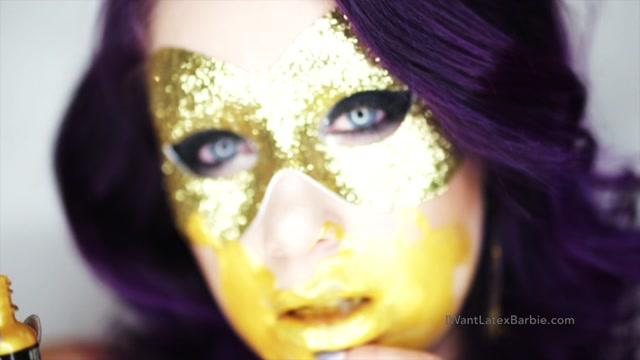 Latex_Barbie_-_bl00d_honey.mp4.00013.jpg