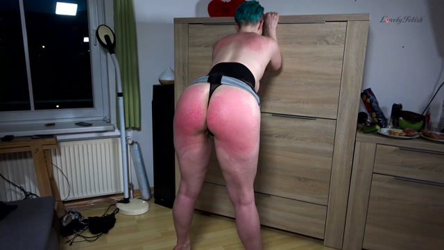 Watch Free Porno Online – Lovely Fetish Spanking Bondage More – Dyke Slapping And Whipping – Whipping (MP4, UltraHD/4K, 3840×2160)