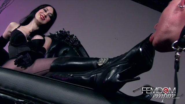 Mina_Thorne_In_Scene__Mistresses_Bootwipe___FEMDOMEMPIRE.mp4.00006.jpg