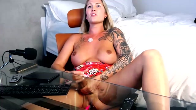 Shemale_Webcams_Video_for_August_18__2020___05.mp4.00014.jpg