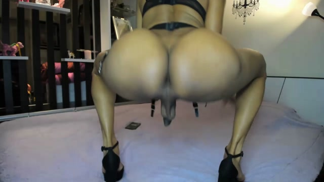 Shemale_Webcams_Video_for_August_22__2020___05.mp4.00015.jpg