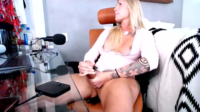 Shemale_Webcams_Video_for_August_30__2020___07.mp4.00015.jpg