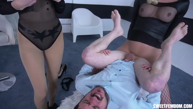 SweetFemdom_presents__Casey_And_Kat_Take_Everything_Part2.mp4.00003.jpg