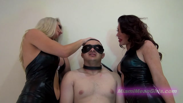 THE_MEAN_GIRLS_CLUB___Smothered_By_Amazons._Starring_Goddess_Harley_and_Taylor.mp4.00006.jpg