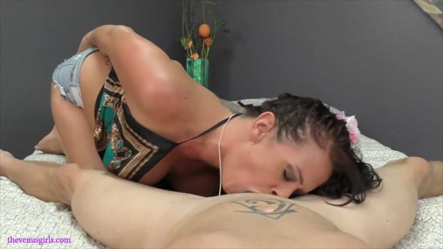 The_Venus_Girls_-_Cock-Grinding_Step-Daddy_Into_Oblivion.mp4.00003.jpg