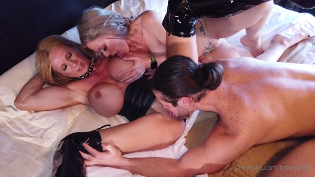brooketyler_17-07-2020_I_often_wonder_what_the_first_thing_a_guy_thinks_when_.mp4.00006.jpg