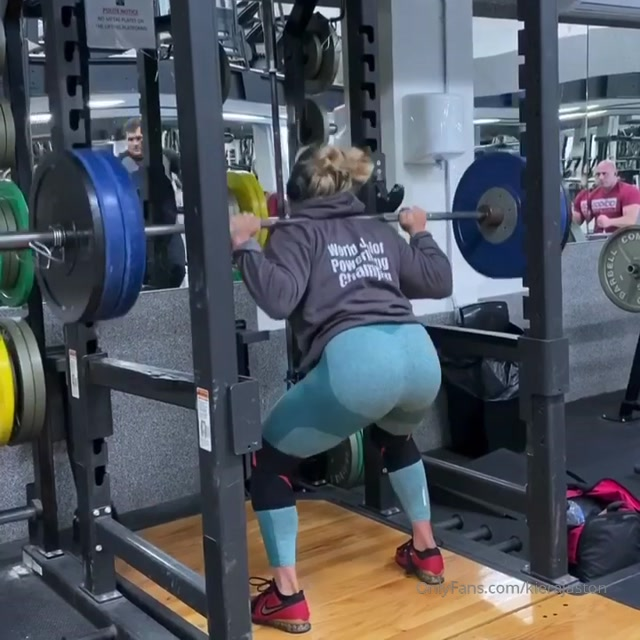 kierajaston-08-12-2019_110kg_x_30_reps._First_set_of_squats_from_today_s_legs.mp4.00005.jpg