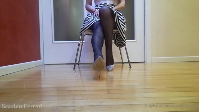 scarlettferrari_01-06-2020_Fall_deeper_and_deeper.mp4.00000.jpg