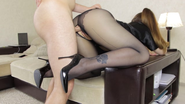 Alina_Rose_gets_fucked_in_black_pantyhose.mp4.00007.jpg
