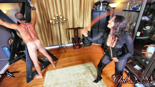 CLUBDOM_MICHELLE_LACY_BART_WHIPPING.mp4.00013.jpg