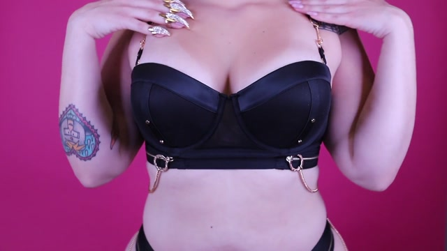 Chloe_Manson_-_Teasing_Sexual_Rejects_with_My_Perfect_Tits.mp4.00012.jpg