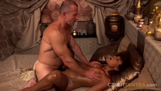 CzechTantra_presents_Luna_Corazon_Ebony_Tantra__ern__tantra_12.mp4.00009.jpg