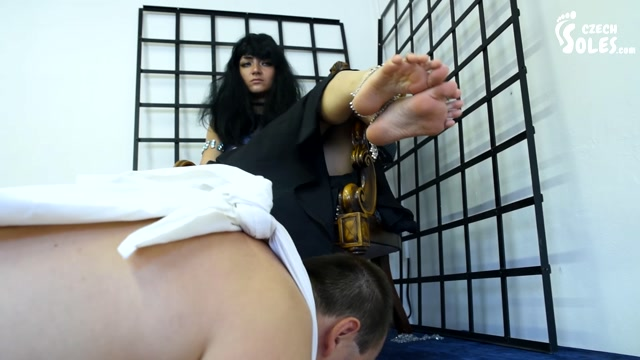 Czech_Soles_-_Serving_his_oriental_princess_as_a_slave._Starring_Anastazia__Foot_Licking_.mp4.00011.jpg