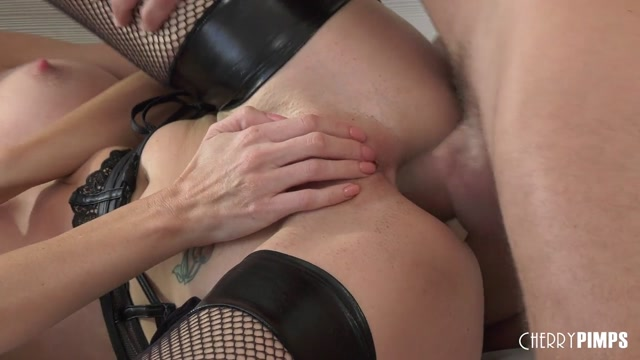 Drilled.XXX_presents_Silvia_Saige_-_Silvia_Loves_Her_Sexy_Ass_Filled_With_Cock_-_28.09.2020.mp4.00008.jpg