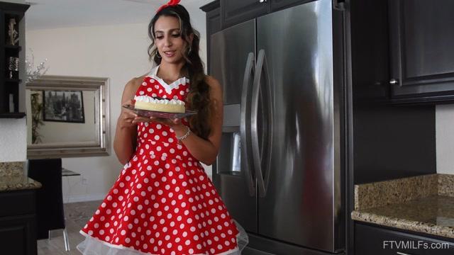 FTVMilfs_presents_Angelica_-_Latina_Sweetnes_-_Easygoing_Hotness_6_-_25.08.2020.mp4.00001.jpg