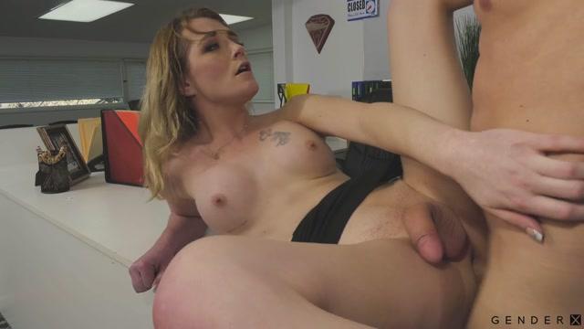 Genderx_presents_Trans_Parent___Candy_Marie___Lance_Hart___04.09.2020.mp4.00010.jpg