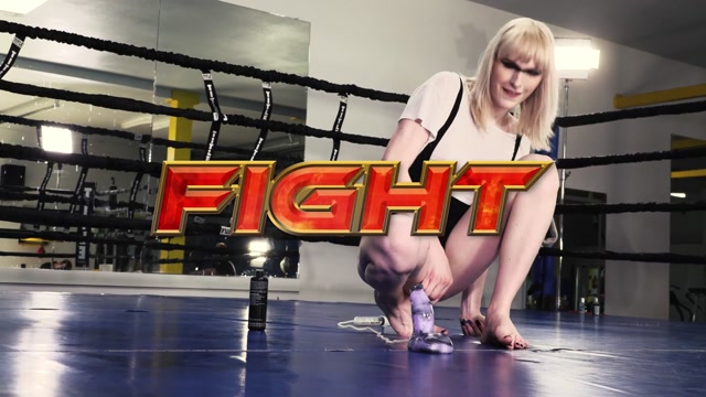 Grooby_Girls_Vs_Bad_Dragon_-_Lianna_Lawson_Round_1_Bonersaw_vs_Pearce.mp4.00002.jpg