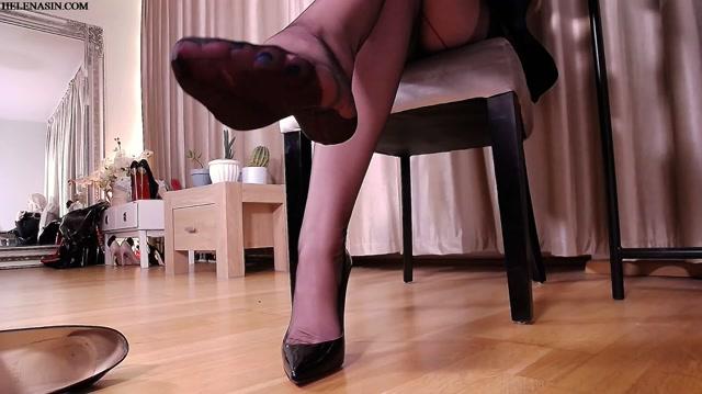 Helena_Sin_-_Office_foot_fetish_fantasy.mp4.00008.jpg