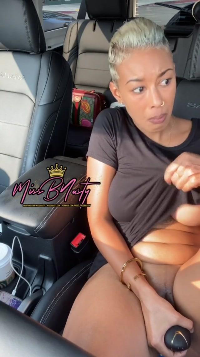 MissBNasty_-_Slut_Squirts_in_Busy_Parking_Lot.mp4.00015.jpg