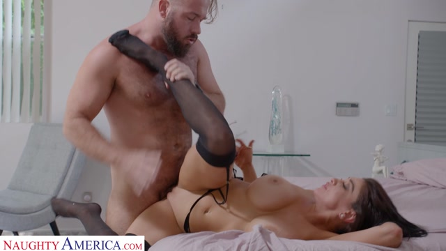 Watch Online Porn – NaughtyAmerica – DirtyWivesClub presents Audrey Bitoni Lets Her Husband's Employee Test Drive Her Pussy – 02.09.2020 (MP4, FullHD, 1920×1080)